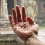 hand-1819357__480